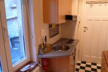 <p>Small furnished studio close to Metro Arts-Loi</p>