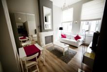 <p>Cosy furnished 1 bedroom Furnished appartement close to Place Luxembourg and EU Parliament</p>