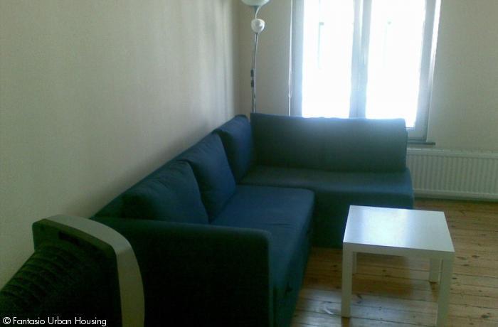 <p>Cosy large furnished studio close to EU area</p>
