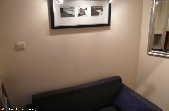 <p>Small furnished studio close to Metro Arts-Loi</p>