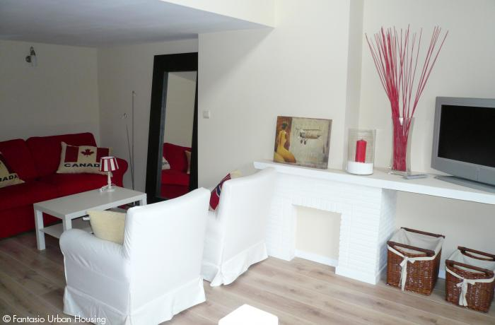 <p>Beautiful 2 bedroom furnished penthouse appartement with Specious South wooden terrace and view on EU Parliamant</p>